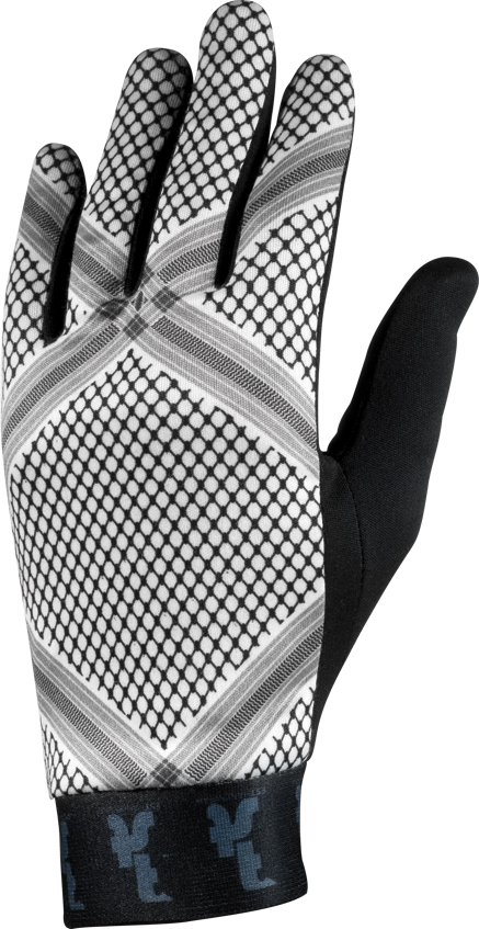 You are browsing images from the article: FST HANDWEAR